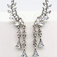 Naisten Klipsikorvakorut ylellisyyttä koruja pukukorut Tekohelmi Tekojalokivi Timanttijäljitelmä Metalliseos Korut Käyttötarkoitus Party