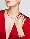 여성용 보석 세트 귀걸이 팔찌 새해 맞이 베이직 디자인 유니크 디자인 패션 유럽의 미니멀 스타일 의상 보석 라인석 합금 Circle Shape 귀걸이 목걸이 팔찌 새해 맞이 제품 파티 특별한 때 생일 약혼 결혼 선물