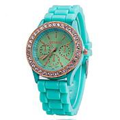 Mujer Reloj de Pulsera Reloj de Vestir Reloj de Moda Cuarzo Gran venta Rosa Oro Plateado Silicona Banda Encanto Azul Rojo