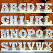 1set 26 bokstaver alfabet LED Night Light Batteridrevet DIY Gratis kombinasjon Romantikk Dekorasjon Bryllup Kreativ