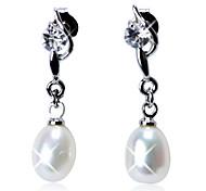 Elegant Sterling Silver Fresh Pearl Drop Earrings with Crystal