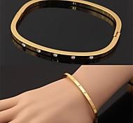 Недорогие -u7® новая мода 18k реальное золото покрытием австрийский горный хрусталь манжеты браслеты высокие браслеты качества для женщин ювелирные изделия