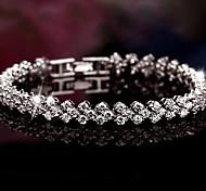 preiswerte -Damen Sterling Silber Strass Bettelarmbänder Armreife - Luxus Fest / Feiertage Brautkleidung Schmuck Silber Armbänder Für Weihnachts
