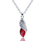 Women's Fashion Crystal Pendant Necklace 1pc