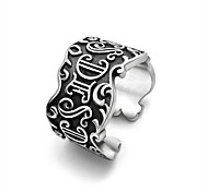Кольца Свадьба / Для вечеринок / Спорт Бижутерия Титановая сталь Мужчины Кольцо 1шт,Стандартный размер Серебряный
