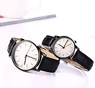 Couple's European Style Leather Fashion Lovers Quartz Wrist Watches