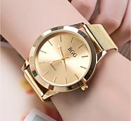 Недорогие -Муж. Жен. Модные часы Наручные часы Китайский Кварцевый Повседневные часы сплав Группа Cool Золотистый Розовое золото