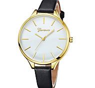 Недорогие -Geneva Жен. Наручные часы Китайский Новый дизайн / Повседневные часы / Cool Кожа Группа На каждый день / Мода Черный / Белый / Коричневый