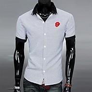 A camisa dos homens Neck decote Contraste Color T-shirt Moda Casual