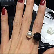 お買い得  -女性用 ステートメントリング  -  真珠, 人造真珠, 樹脂 誕生石です., オープン 調整可 ホワイト / ブラック 用途 結婚式 / パーティー / 日常 / 黒真珠 / 合金