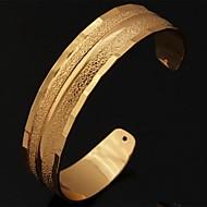 Χαμηλού Κόστους -Γυναικεία Χοντρά Χειροπέδες Βραχιόλια Επιμεταλλωμένο με Πλατίνα Επιχρυσωμένο κυρίες Βραχιόλια Κοσμήματα Ασημί / Χρυσαφί Για Γάμου Πάρτι Καθημερινά Causal Αθλητικά