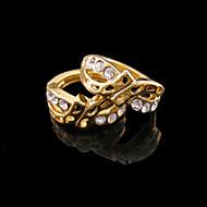 Sitne naušnice Srce Zircon Pozlaćeni Heart Shape Jewelry Za Vjenčanje Party Dnevno Kauzalni Sport 2pcs