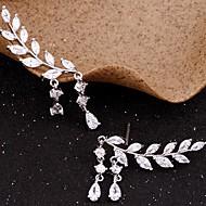 Femme Zircon Glands Boucles d'oreille goujon Grimpeurs d'oreille - Forme de Feuille simple, Gland Or / Argent Pour Soirée Cadeau Quotidien