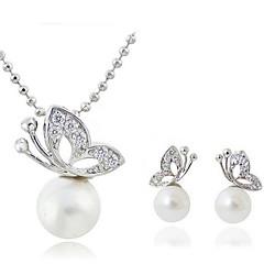 Női Ékszer készlet Klasszikus jelmez ékszerek Gyöngy Kristály Ezüstözött Hamis gyémánt Ötvözet Animal Shape Pillangó Nyakláncok Naušnice