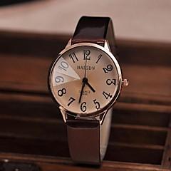 voordelige Bekijk deals-Dames Modieus horloge Kwarts PU Band Zwart Wit Rood Bruin