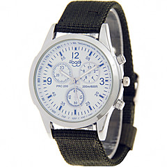 preiswerte Herrenuhren-Herrn Armbanduhr Armbanduhren für den Alltag / Cool Stoff Band Freizeit Schwarz / Blau / Grün