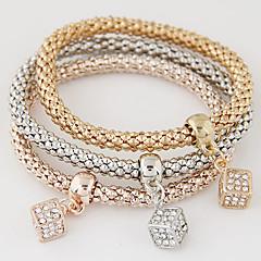 お買い得  ブレスレット-女性用 レイヤード / スタック チャームブレスレット  -  イミテーションダイヤモンド ぜいたく, 欧風, シンプルなスタイル ブレスレット 虹色 用途 贈り物 / 日常