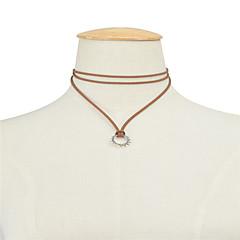 preiswerte Halsketten-Damen Mehrschichtig Halsketten / Anhängerketten - Anhänger Stil, Retro, Europäisch Schwarz, Braun, Rot Modische Halsketten Für Party, Alltag, Normal