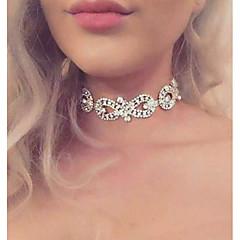 Női Rövid nyakláncok Strassz végtelenség Ötvözet Divat Euramerican luxus ékszer Ékszerek Mert Esküvő Parti 1db