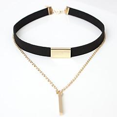 preiswerte Halsketten-Damen Niete Halsketten / Kragen - Leder Einfach, Elegant Braun, Schwarz Modische Halsketten Schmuck Für Ausgehen