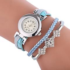 preiswerte Damenuhren-Damen Armband-Uhr Chinesisch Armbanduhren für den Alltag / lieblich / Imitation Diamant PU Band Charme / Böhmische Schwarz / Weiß / Blau