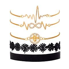 preiswerte Armbänder-Damen Kubikzirkonia Mehrschichtig Ketten- & Glieder-Armbänder / Vintage Armbänder - Spitze Biene, Unendlichkeit Retro, Modisch, Elegant Armbänder Gold Für Geschenk / Geburtstag / 5 Stück