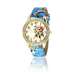preiswerte Damenuhren-Damen Armbanduhr Quartz Armbanduhren für den Alltag Leder Band Analog Freizeit Modisch Weiß / Rot / Braun - Rot Rosa Hellblau