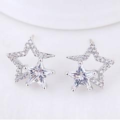preiswerte Ohrringe-Damen Weiß Weiß Kubikzirkonia Schick Ohrring - Stern Einfach, Süß, Modisch Silber / Golden Für Party Geburtstag