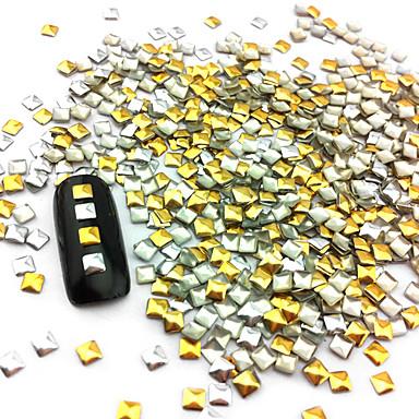 100 pcs Nail Art Takımı Tırnak Takısı tırnak sanatı Manikür pedikür Günlük Punk / Moda / Nail Jewelry / Metal