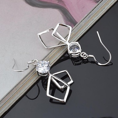 Dames Oorknopjes Luxe Europees Titanium Gesimuleerde diamant Sieraden
