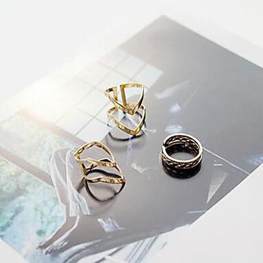 Dames Sieraden Set Gouden Legering Sieraden Gepersonaliseerde Modieus Dagelijks Causaal Strand Kostuum juwelen