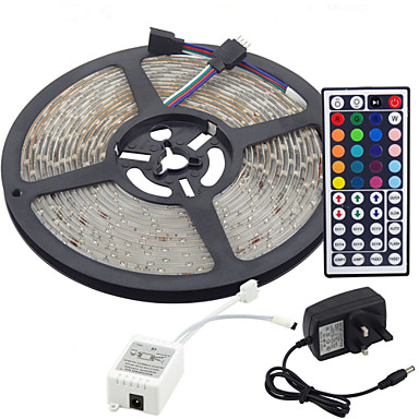 billige LED-stribelys-5 m Fleksible LED-lysstriber / Lyssæt / RGB-Lysstriber lysdioder 3528 SMD RGB Fjernbetjening / Chippable / Dæmpbar 100-240 V / Koblingsbar / Selvklæbende / Farveskiftende / IP44