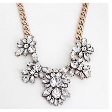 Γυναικεία Κρεμαστά Κολιέ απομίμηση διαμαντιών Προσομειωμένο διαμάντι Φλοράλ Κοσμήματα Για Πάρτι