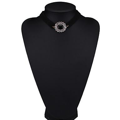 Damskie Naszyjniki choker Biżuteria Biżuteria Syntetyczne kamienie szlachetne Stop Modny euroamerykańskiej Biżuteria Na Impreza