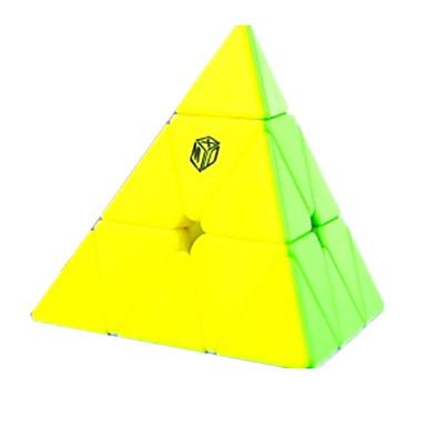 Zauberwürfel Glatte Geschwindigkeits-Würfel Magische Würfel Puzzle-Würfel Glatte Aufkleber Kunststoff Dreieck Geschenk