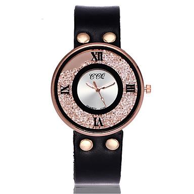 Damen Facettierte Kristalluhren Simulierter Diamant Uhr Einzigartige kreative Uhr Armbanduhr Kleideruhr Modeuhr Armbanduhren für den