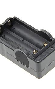 UF-12 Caricabatterie Portatile Ricarica veloce Alta qualità per Solare AAA AA