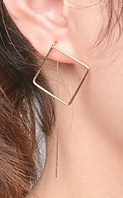 Damskie Kolczyki wiszące Metaliczny Modny Stop Geometric Shape Biżuteria Impreza / bal Ulica Biżuteria kostiumowa